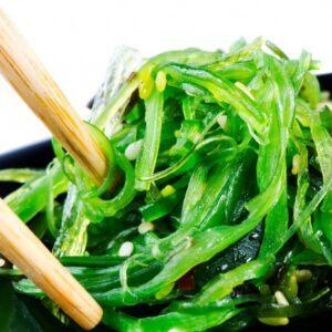 ensalada-de-algas-wakame-agar-agar-y-sesamo-100-g