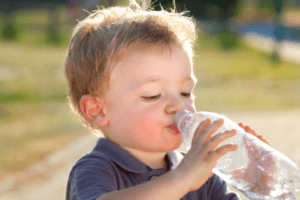 child-drinking-water